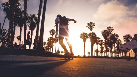 刺激的滑板运动图片